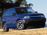 Pictures of Chevrolet Tracker 1999–2004