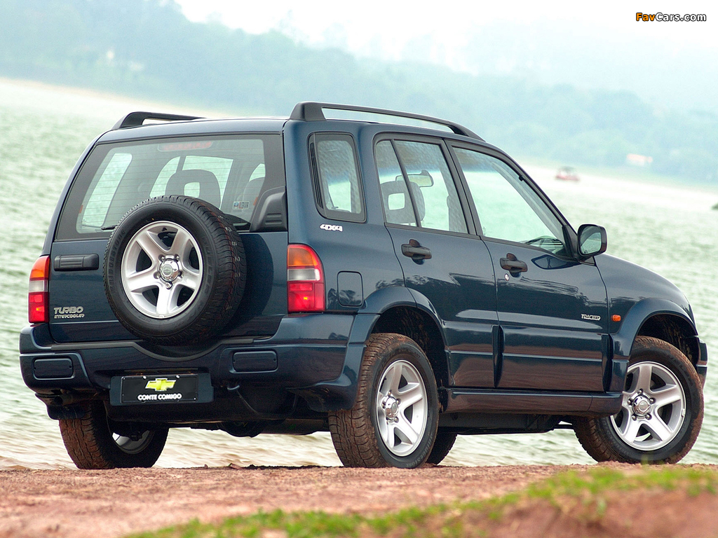 Pictures of Chevrolet Tracker 2001–06 (1024 x 768)