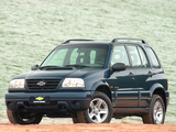 Chevrolet Tracker 2001–06 wallpapers