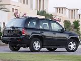 Chevrolet TrailBlazer 2005–08 pictures