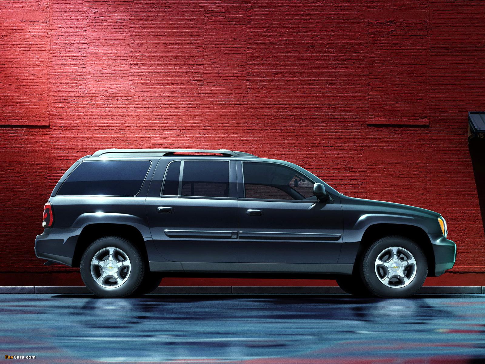 Images of Chevrolet TrailBlazer EXT 2002–05 (1600 x 1200)