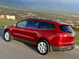 Pictures of Chevrolet Traverse LTZ 2008–12