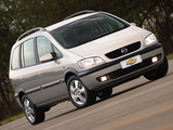 Photos of Chevrolet Zafira (A) 2002–04