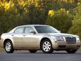 Chrysler 300 (LX) 2004–07 photos