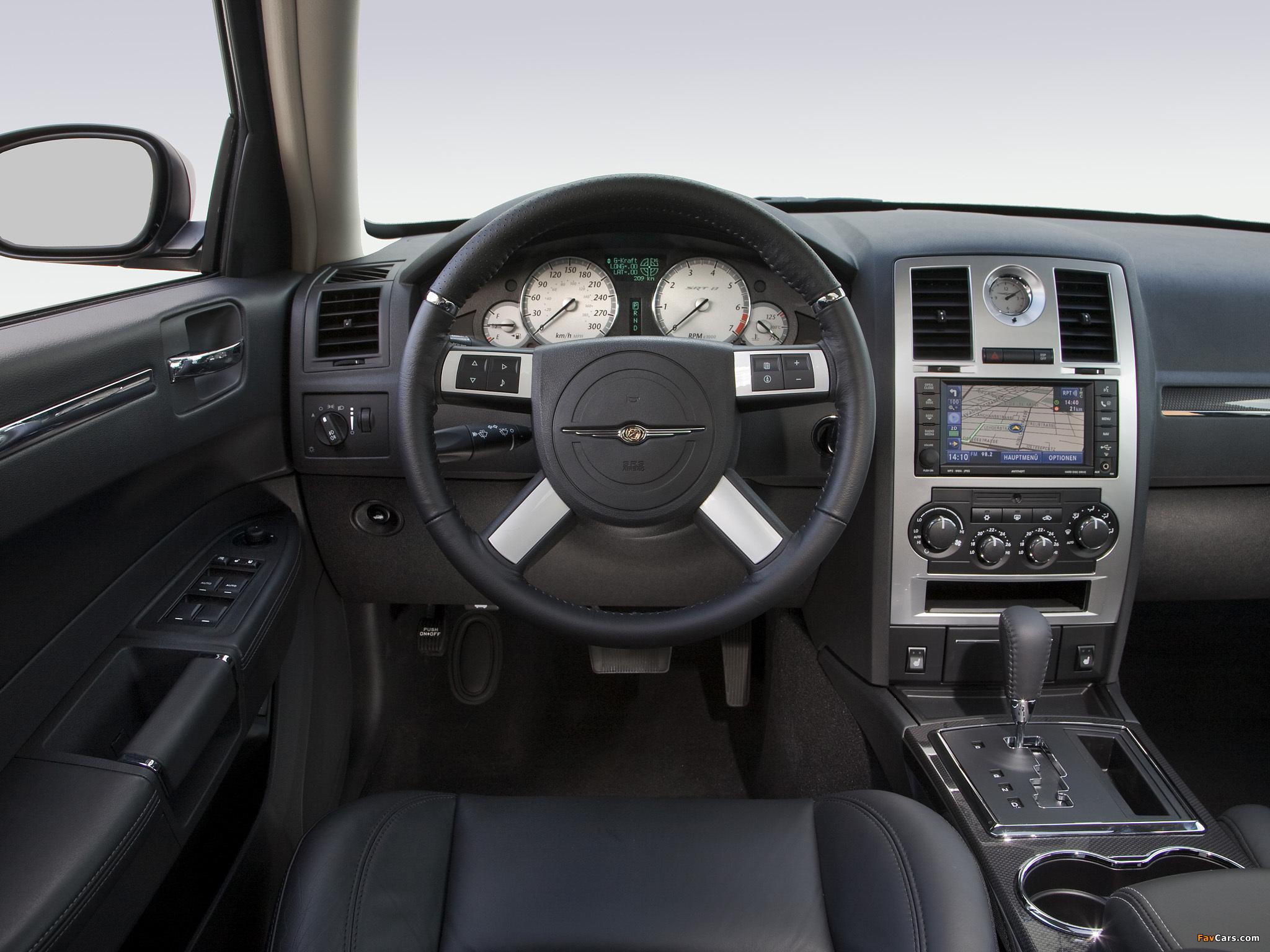 Chrysler 300C SRT8 EU-spec (LE) 2006–10 images (2048 x 1536)