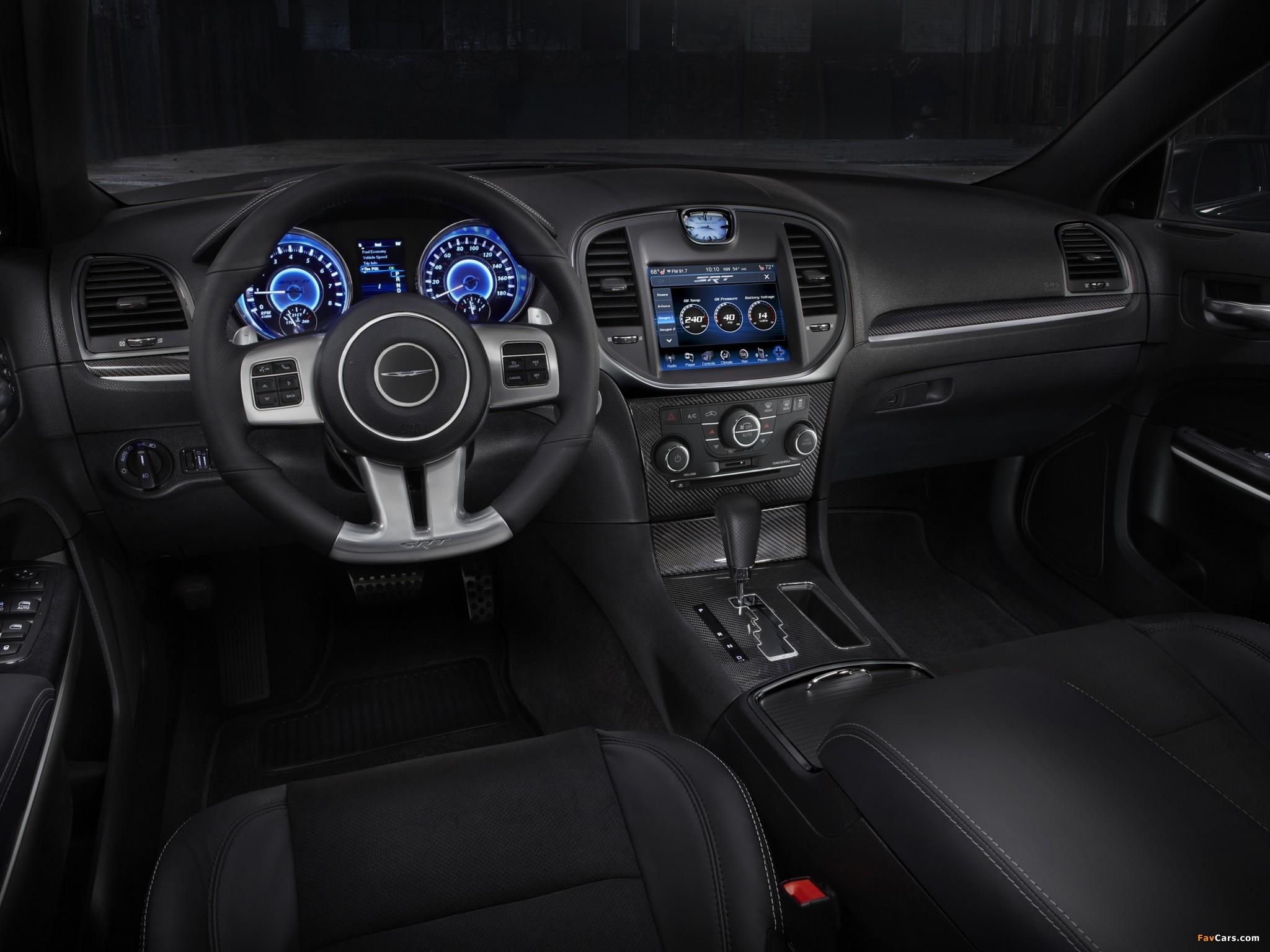 Chrysler 300 SRT8 2011 images (2048 x 1536)