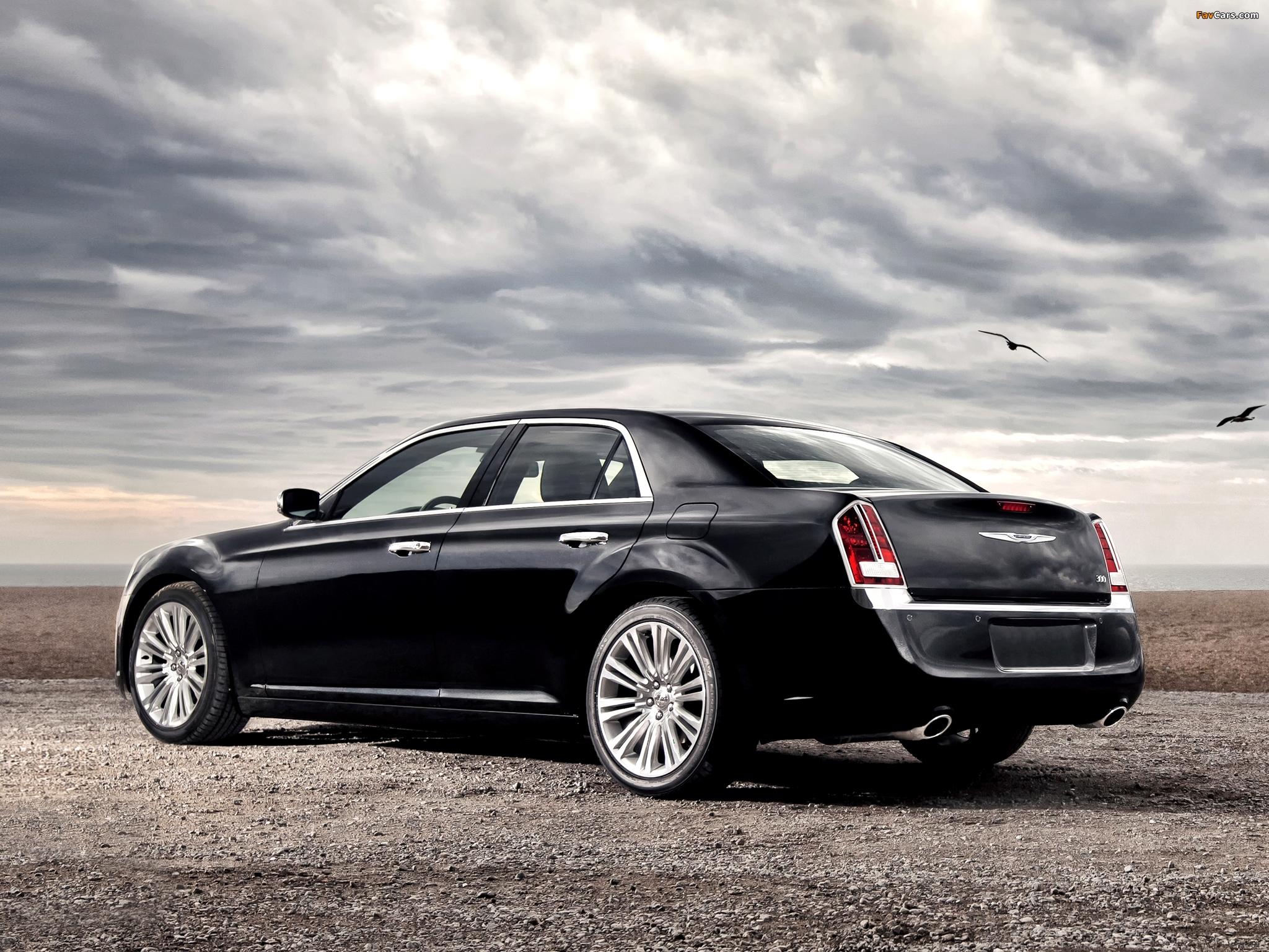 Chrysler 300 2011 images (2048 x 1536)