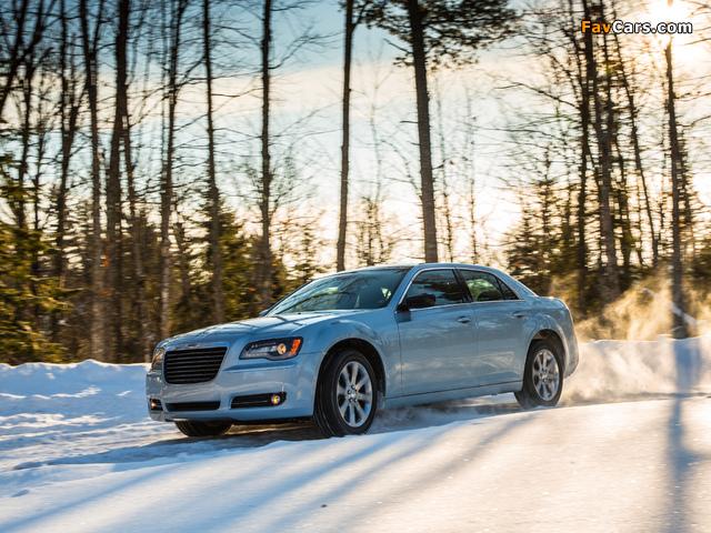 Chrysler 300 Glacier 2013 photos (640 x 480)