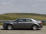Images of Chrysler 300C SRT8 UK-spec 2004–11