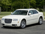 Images of Chrysler 300 (LX) 2007–10