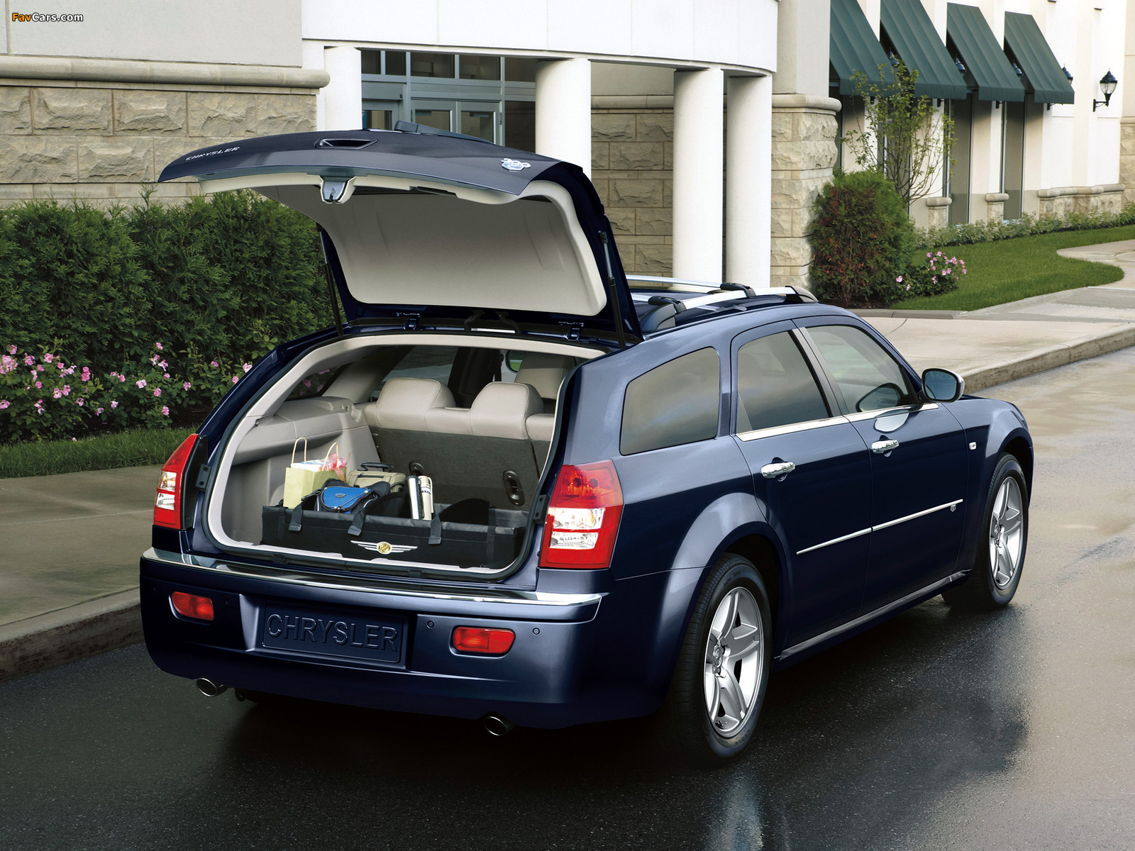 Images of Chrysler 300C Touring (LE) 2007–10 (1600 x 1200)