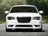 Images of Chrysler 300 SRT8 2011