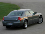 Pictures of Chrysler 300 (LX) 2004–07
