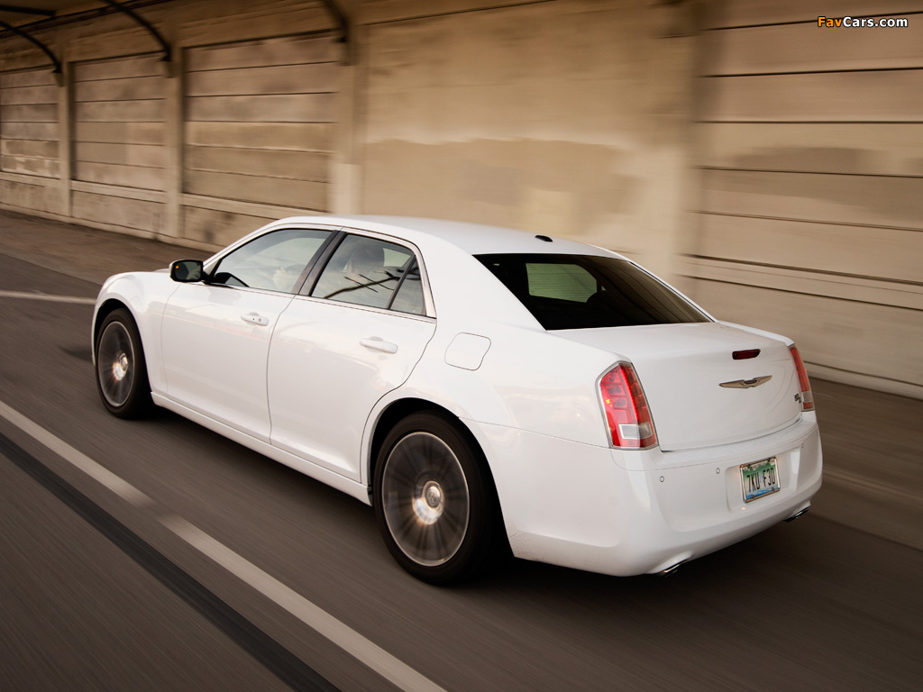 Pictures of Chrysler 300S 2011–14 (1024 x 768)
