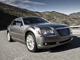 Pictures of Chrysler 300 2011