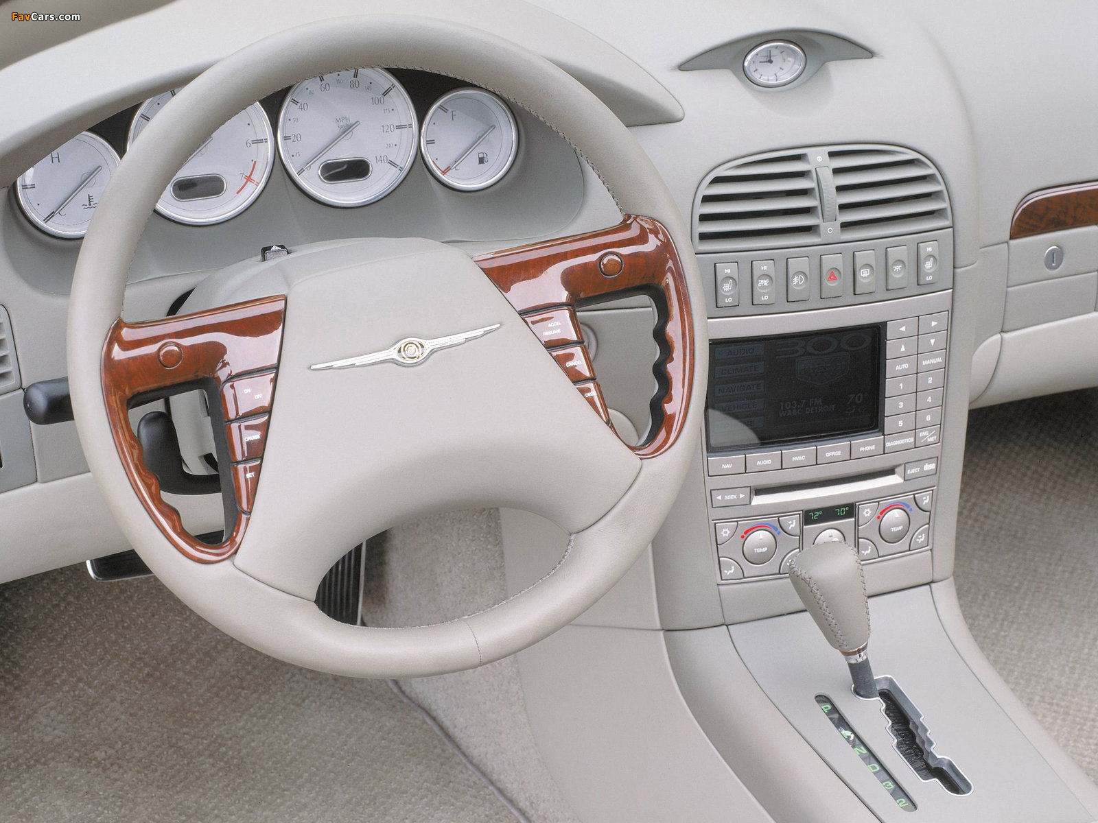 Photos of Chrysler 300 Hemi C Concept 2000 (1600 x 1200)