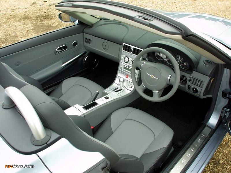 Photos of Chrysler Crossfire Roadster UK-spec 2005–07 (800 x 600)