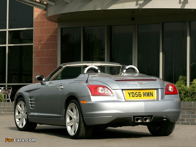 Photos of Chrysler Crossfire Roadster UK-spec 2005–07 (640 x 480)
