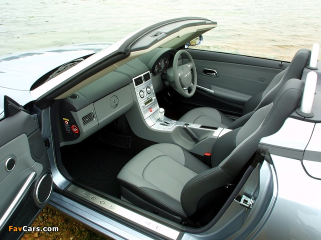 Pictures of Chrysler Crossfire Roadster UK-spec 2005–07 (640 x 480)