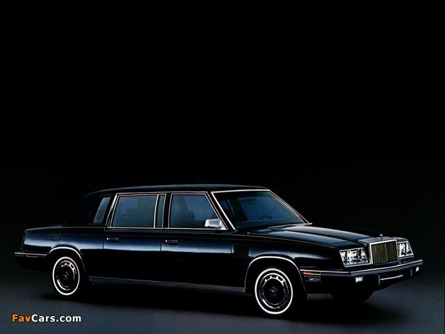 Photos of Chrysler Executive 1983–84 (640 x 480)
