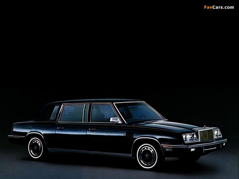 Photos of Chrysler Executive 1983–84 (800 x 600)