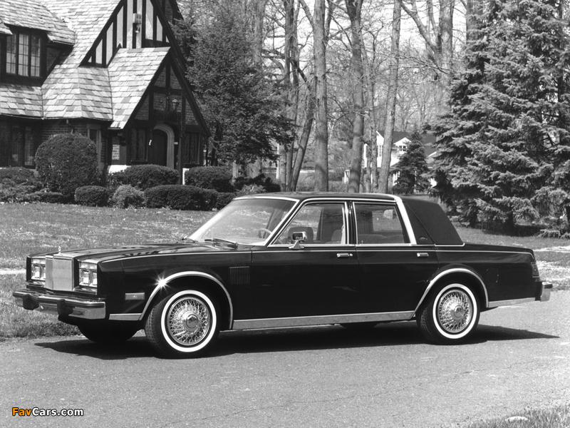 Chrysler New Yorker Fifth Avenue (FS41) 1983 photos (800 x 600)