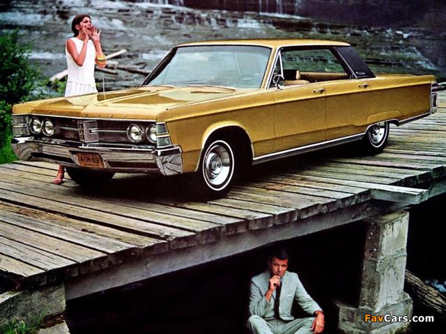 Chrysler New Yorker Hardtop Sedan (CH43) 1967 pictures (640 x 480)