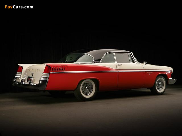 Chrysler New Yorker 2-door Hardtop 1956 photos (640 x 480)