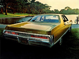 Chrysler New Yorker 4-door Sedan 1970 photos