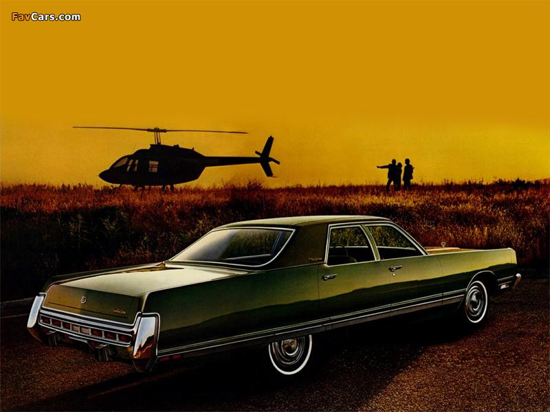 Chrysler New Yorker 4-door Sedan 1973 pictures (800 x 600)