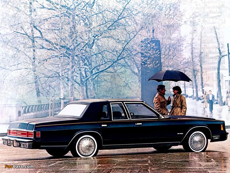 Chrysler New Yorker 1980 photos (800 x 600)