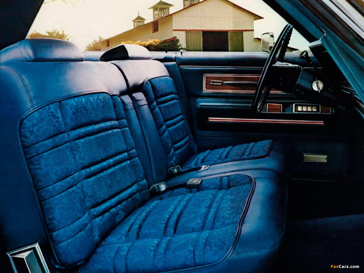 Photos of Chrysler New Yorker 2-door Hardtop 1971 (1280 x 960)