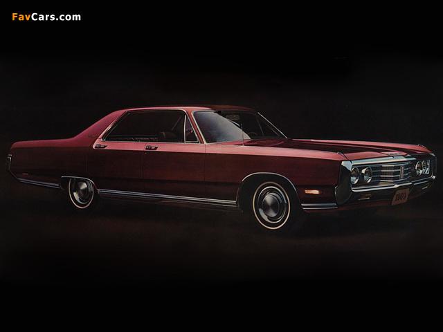 Chrysler New Yorker 4-door Hardtop 1969 wallpapers (640 x 480)