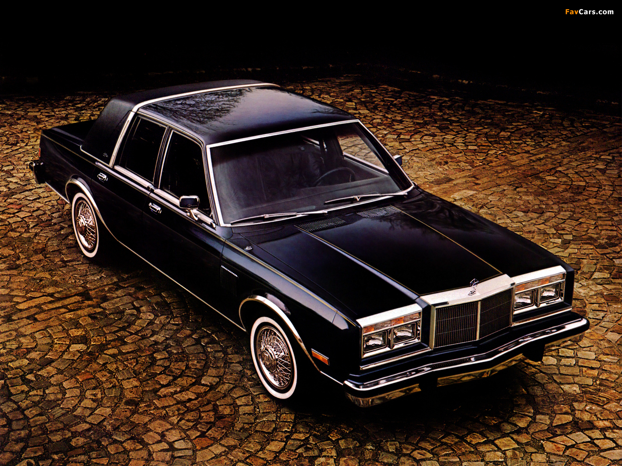 Chrysler New Yorker Fifth Avenue Edition 1982 wallpapers (1280 x 960)