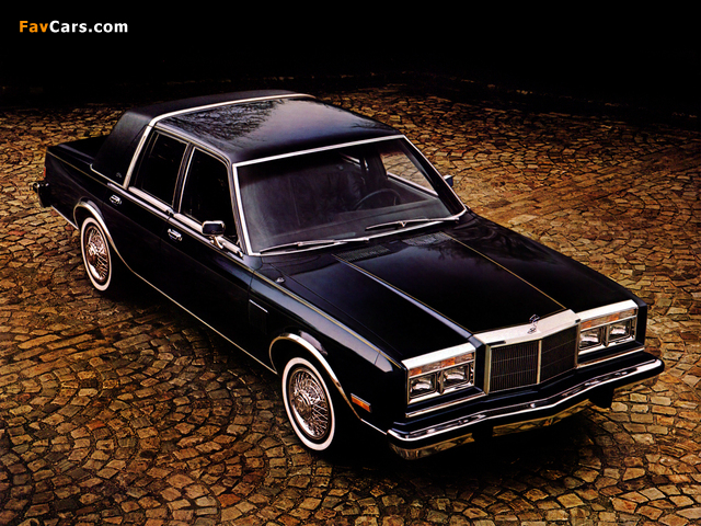 Chrysler New Yorker Fifth Avenue Edition 1982 wallpapers (640 x 480)
