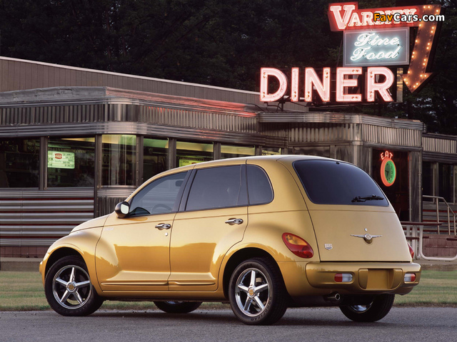 Images of Chrysler PT Dream Cruiser Series 1 2002 (640 x 480)