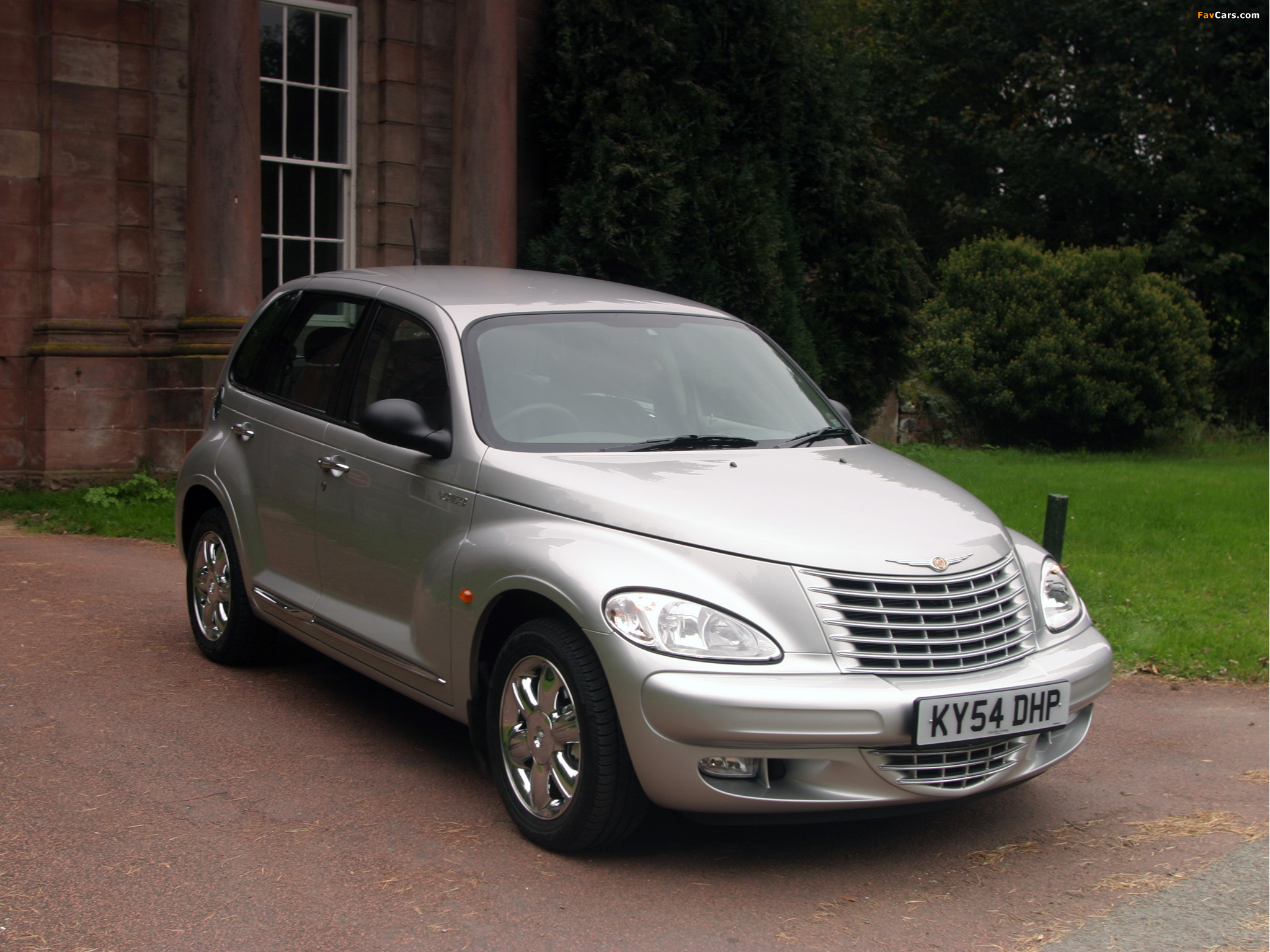 Images of Chrysler PT Cruiser UK-spec 2001–06 (2048 x 1536)