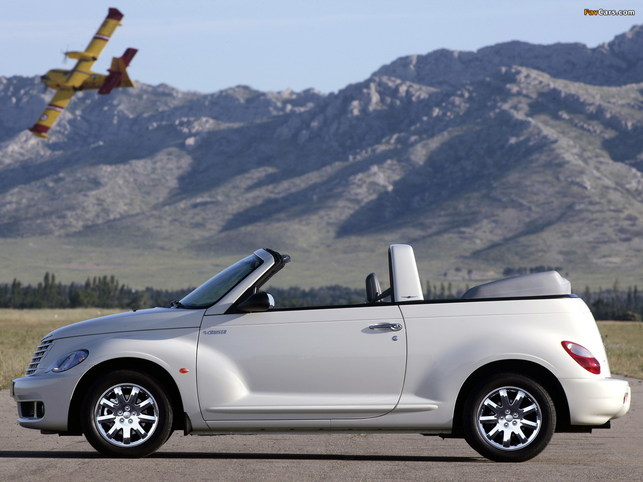 Pictures of Chrysler PT Cruiser Convertible 2006–07 (1280 x 960)