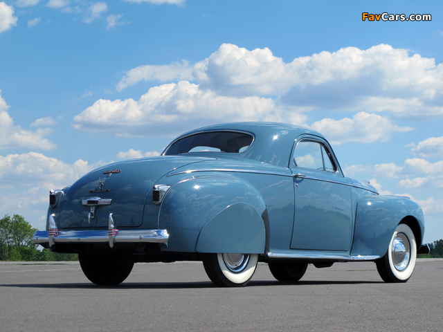 Chrysler Royal Coupe 1941 wallpapers (640 x 480)
