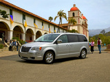 Chrysler Town & Country 2007–10 photos