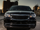 Chrysler Town & Country S 2012 photos