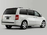 Chrysler Town & Country 2007–10 pictures