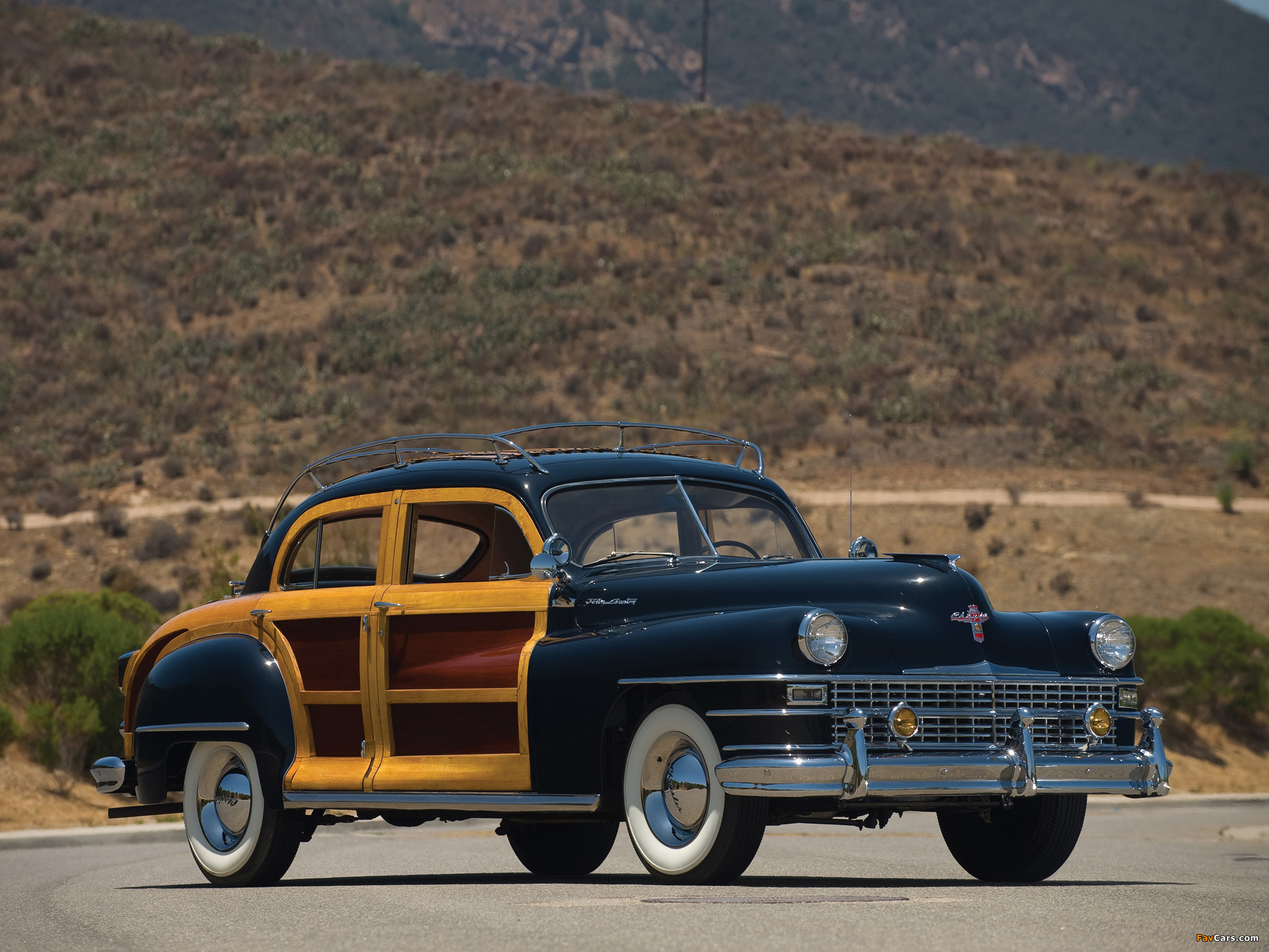 Images of Chrysler Town & Country 1947 (2048 x 1536)