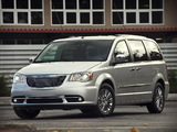 Images of Chrysler Town & Country 2010