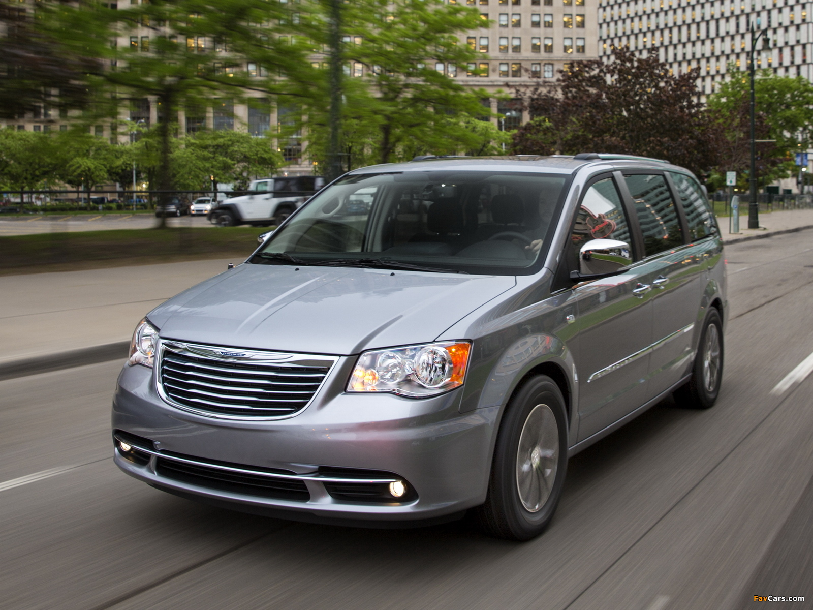 Images of Chrysler Town & Country 30th Anniversary 2013 (1600 x 1200)