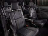 Photos of Chrysler Town & Country S 2012