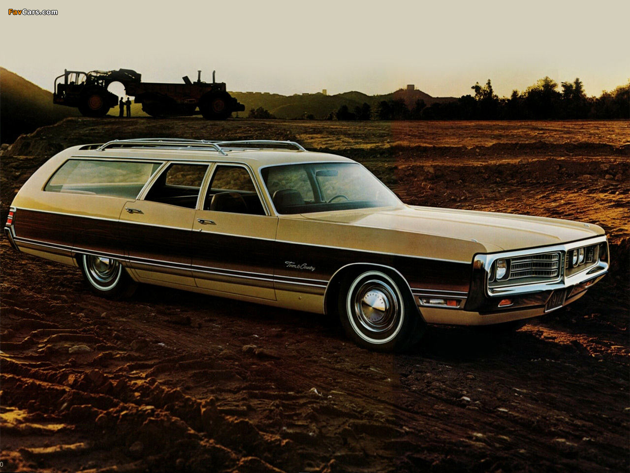 Photos of Chrysler Town & Country Station Wagon 1972 (1280 x 960)