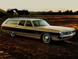 Photos of Chrysler Town & Country Station Wagon 1972