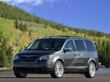 Photos of Chrysler Town & Country EV Concept 2009