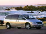 Pictures of Chrysler Town & Country 1998–2000